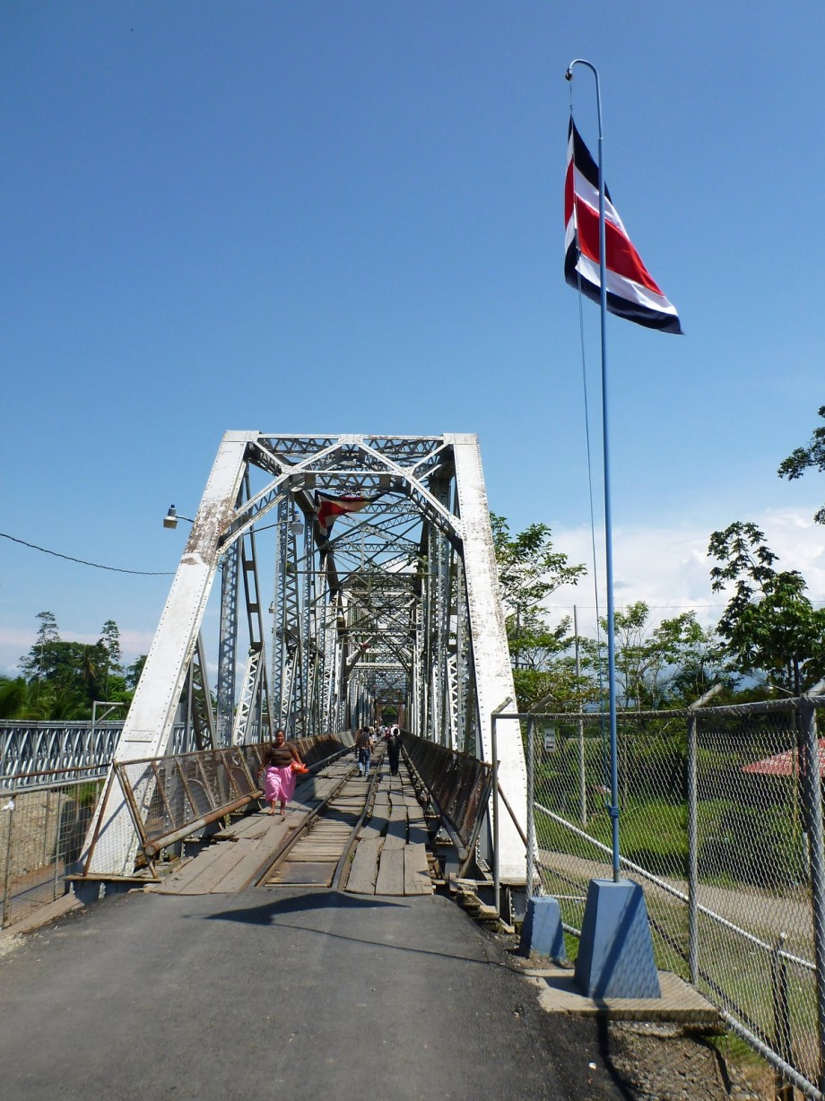 Photo of Border Crossing in Sixaola, Costa Rica